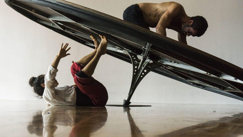 Artiste de cirque Travesía_CIA HAA COLLECTIVE © Emi Pino